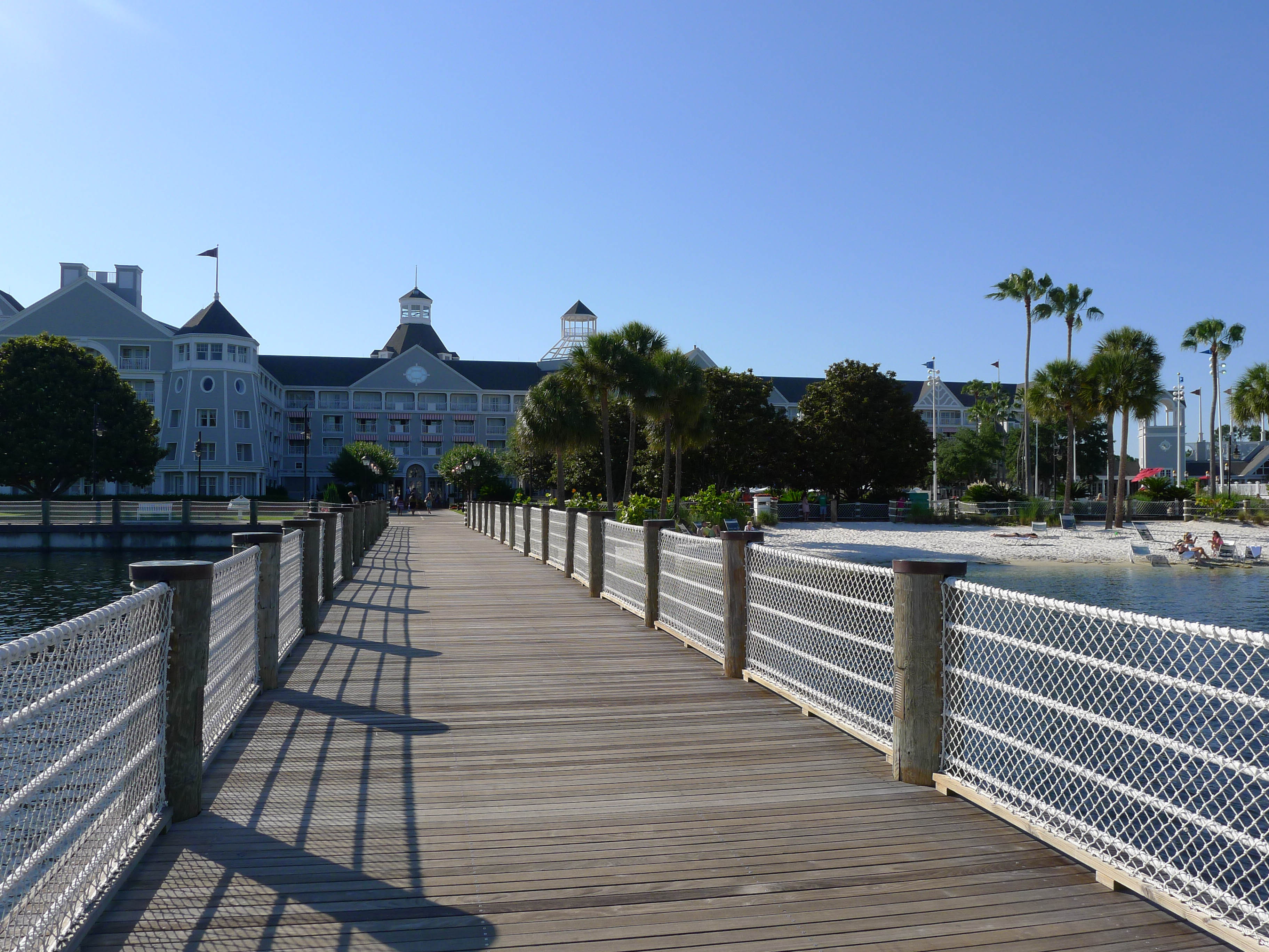 Beach Club Pier 2014