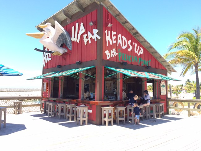 Heads Up Bar on Castaway Cay