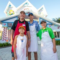 Universal Orlando Offers a New Vacation Package that Gives Back!