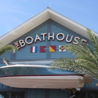The BOATHOUSE Lunch Review – Sail in for Amazing Seafood!