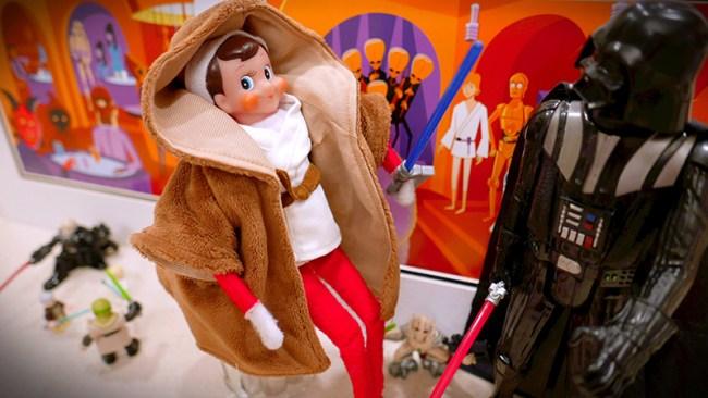 Disney-obsessed-elf-on-the-shelf-star-wars-land
