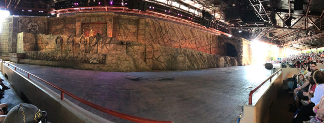 Panoramic of the staging area at the Indiana Jones™ Epic Stunt Spectacular!