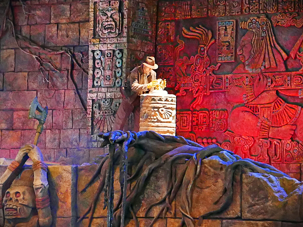 Indiana Jones Epic Stunt Spectacular Relic Or Treasure