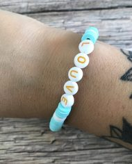 bracelet-surfeur-heishi-louve-vert-deau-blanc-3