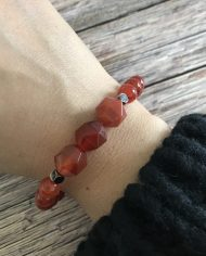 bracelet-pierre-naturelle-agate-rouge-8mm-3