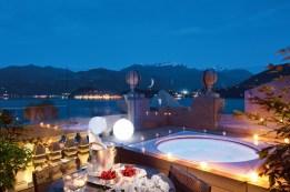 10 - Rooftop Floor - Corner Suite -terrace