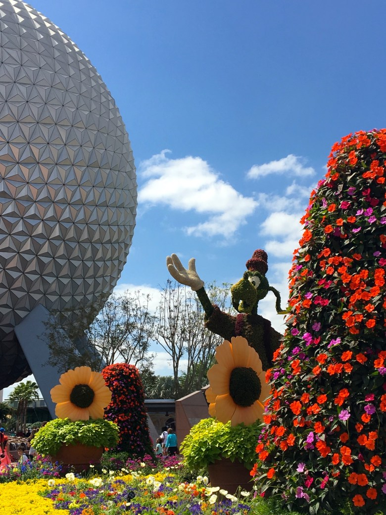 Walt Disney World, Epcot International Flower & Garden Festival, Goofy Topiary