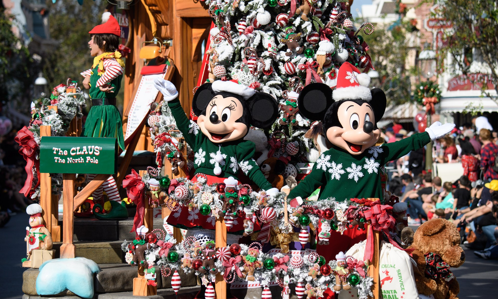 Photo of Mickey and Minnie at Disneyland's A Christmas Fantasy Parade