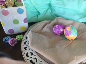 Magical Mama Blog 7 Ways to Decorate Easter Eggs Glitter