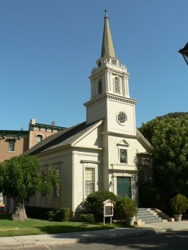 Church in Stars Hollow
