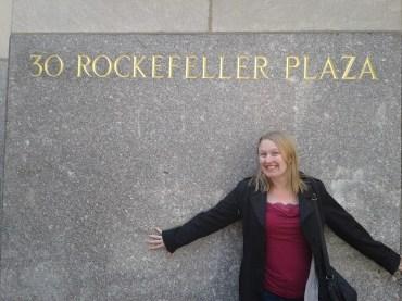 Rockefeller Plaza_Gwynnie_sign