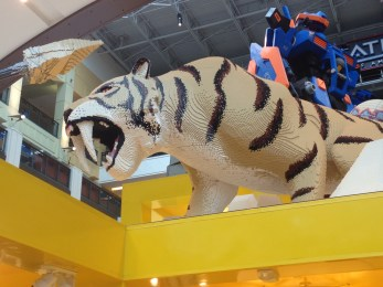 Mall of America lego tiger