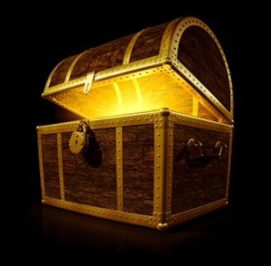 2013_11_treasure-chest