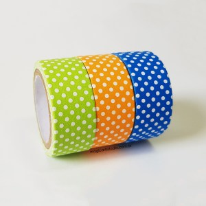 Kit com três washi tapes com poá