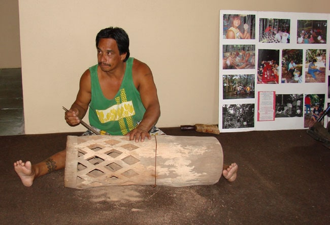 Drum Carver demonstrates his art at the Celebration of the Arts, Ritz Carlton, Kapalua