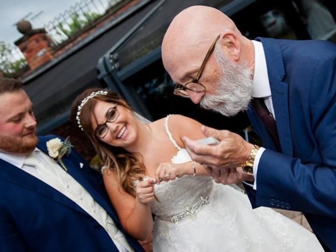 wedding day magician