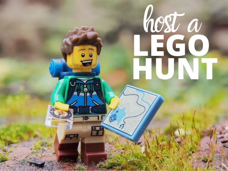 Lego Mini Fiq with a map how to host a LEGO hunt