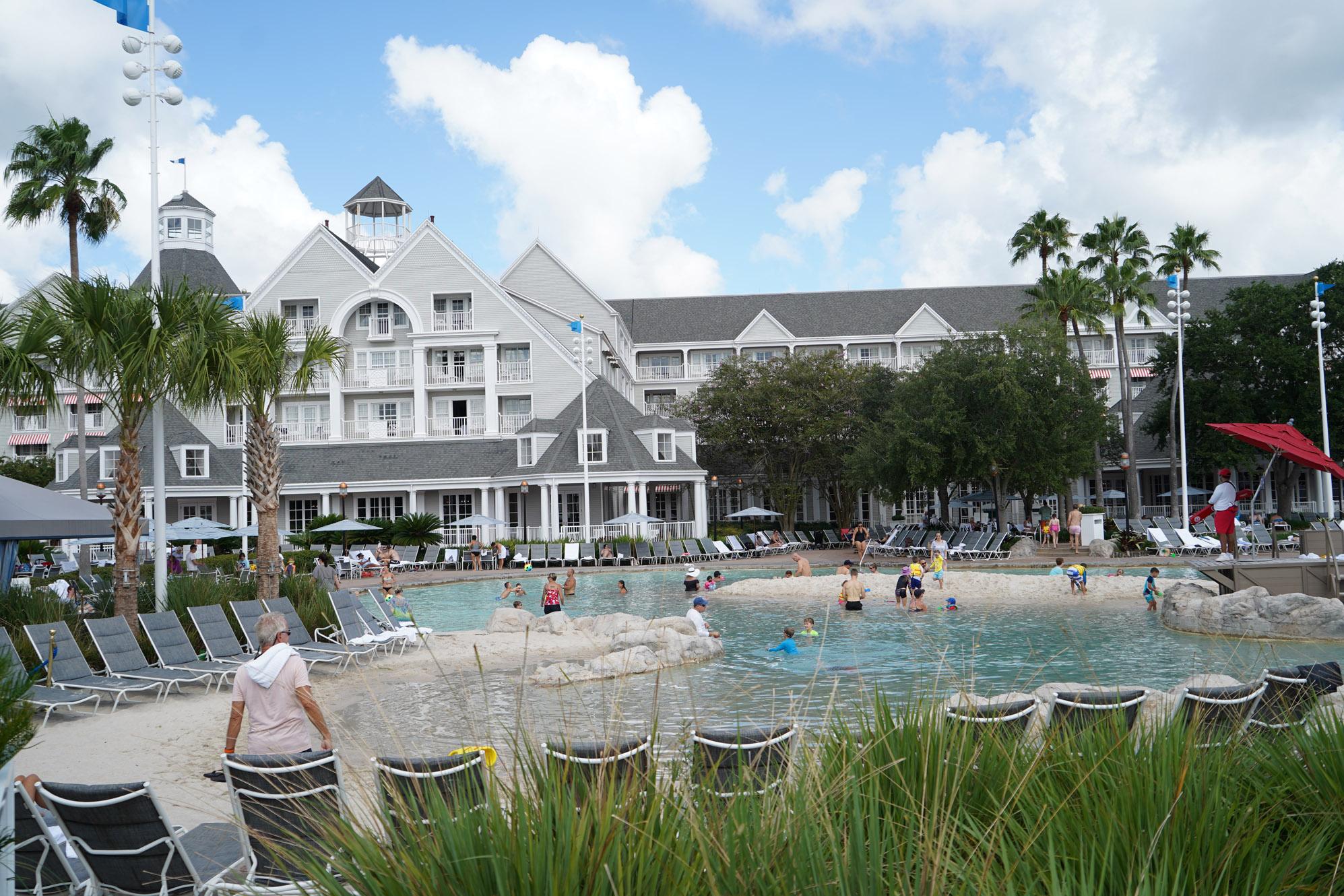 Yacht Club Resort hotel