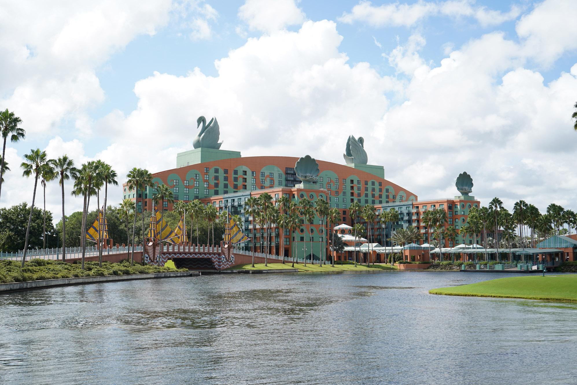 camp dolphin at Disney's Dolphin Hotel