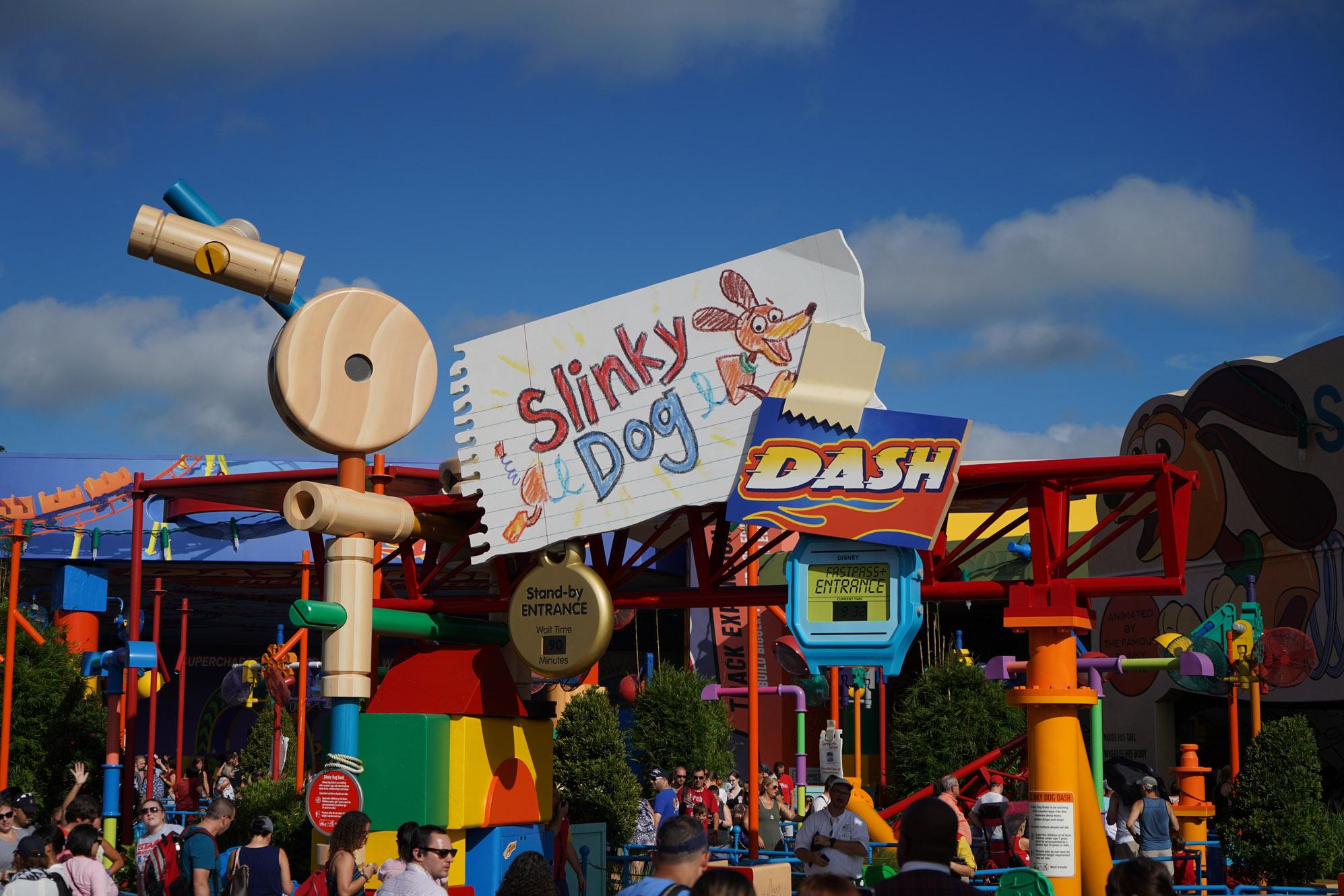 line for slinky dog dash