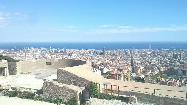 Panorámica de Barcelona desde el Turó de la Rovira