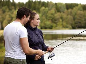 Сонник ловить рыбу на удочку женщине