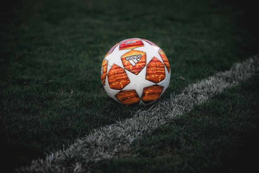 Bola Sepak Bola