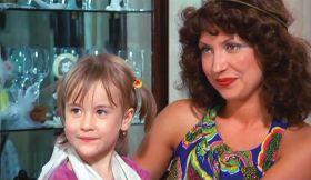 Tora Vasilescu si Medeea Marinescu copil