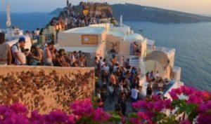 Grecia va avea un număr record de turiști anul acesta