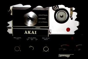 Akai X-165D-