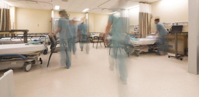 Αναστέλλονται οι άδειες σε όλες τις δομές υγείας