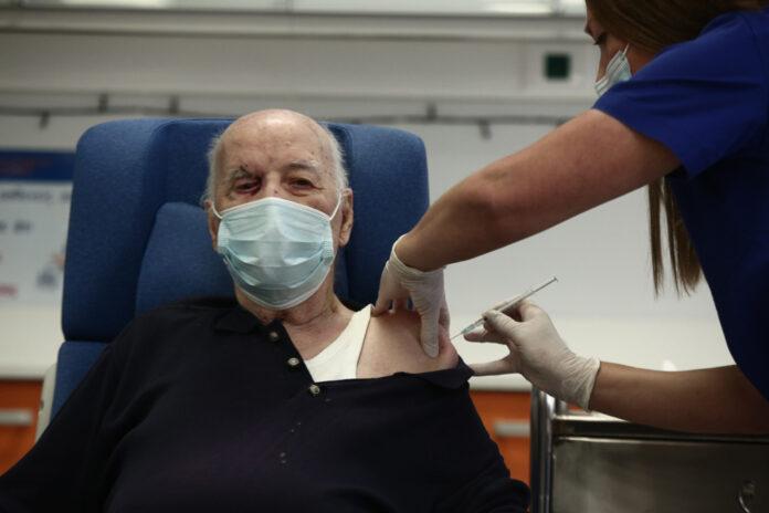Για σοβαρά προβλήματα και καθυστερήσεις στον εμβολιασμό προειδοποιεί η ΠΟΕΔΗΝ