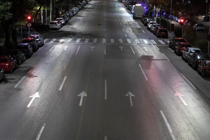 Παυλάκης: «Το 3ο κύμα είναι εδώ – Χρειάζεται σκληρή καραντίνα η Αττική»
