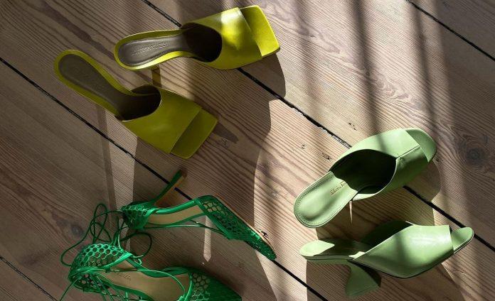 10 πολύχρωμα, ψηλοτάκουνα Mules για Street Style εμφανίσεις με Super Sexy διάθεση