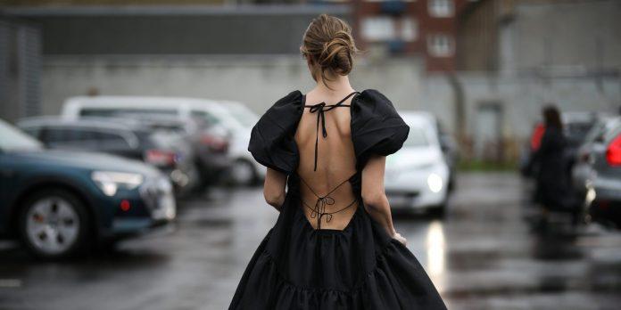 10 μαύρα φορέματα γιατί εμείς αγαπάμε αυτό το χρώμα και το καλοκαίρι