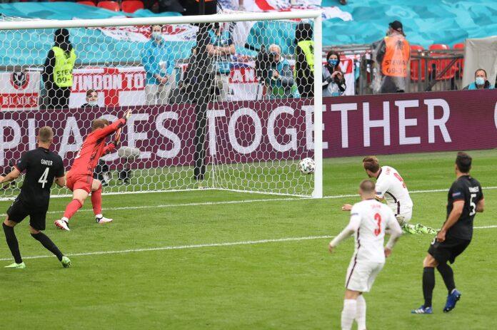 2 0 η Αγγλία τη Γερμανία και προημιτελικά για τα «τρία λιοντάρια»!