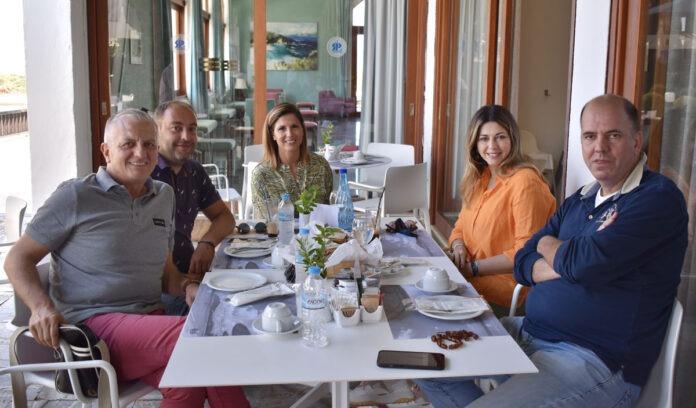Συνάντηση της υφυπουργού Τουρισμού Σοφίας Ζαχαράκη με τους φορείς του τουρισμού της Σκιάθου