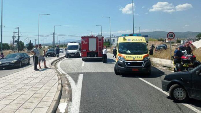 Τροχαίο με τέσσερις τραυματίες στον περιφερειακό (φωτογραφίες)