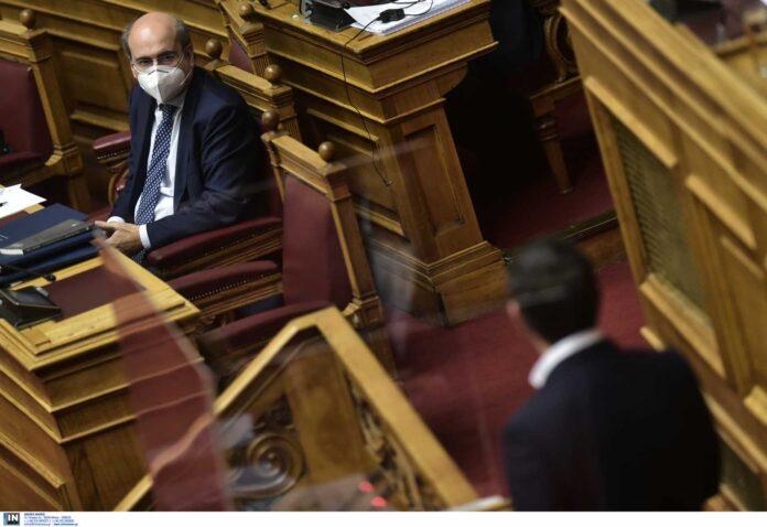 Ψηφίστηκε το νομοσχέδιο Χατζηδάκη μόνο με τις ψήφους της ΝΔ