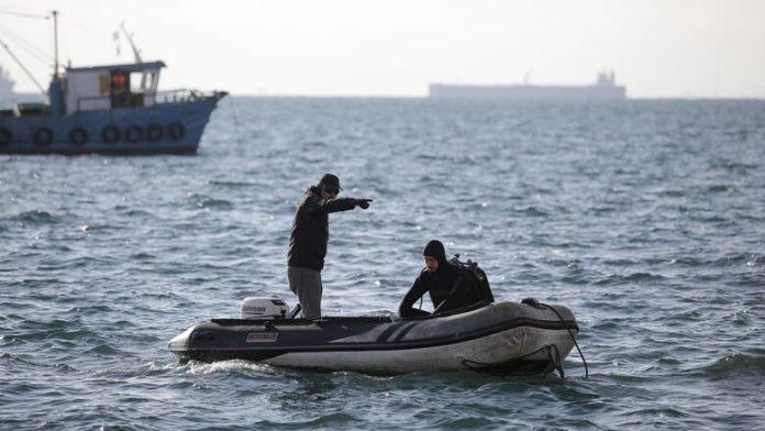 Τρεις αγνοούμενοι σε ναυάγιο ανοιχτά της Λέσβου