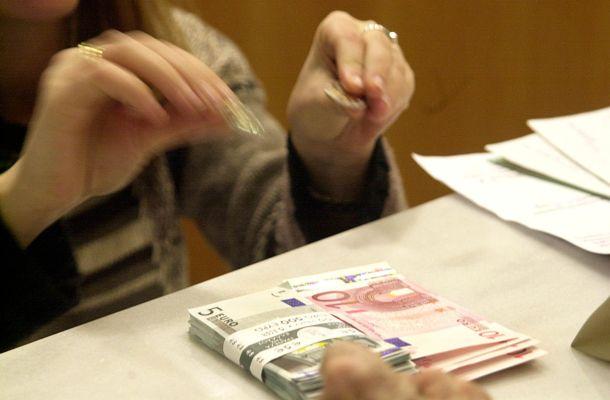 Δεν θα πιστεύετε πόση είναι η περιουσία των ελληνικών νοικοκυριών – Ασύλληπτα νούμερα