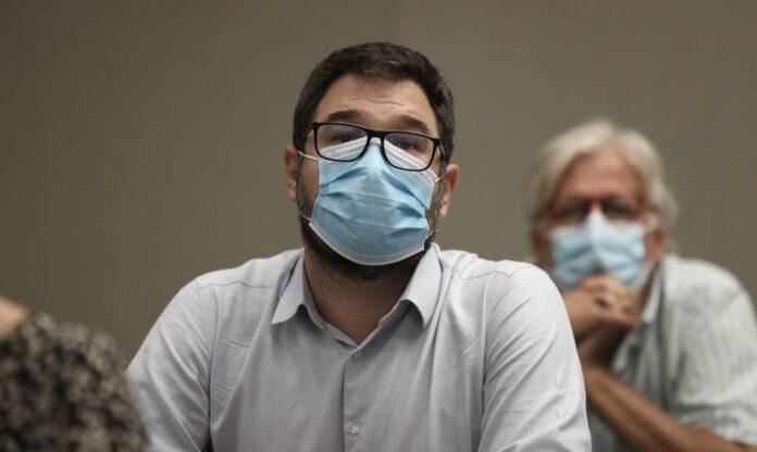 Ηλιόπουλος: Η κυβέρνηση εκμεταλλεύτηκε πολιτικά τον θάνατο Θεοδωράκη