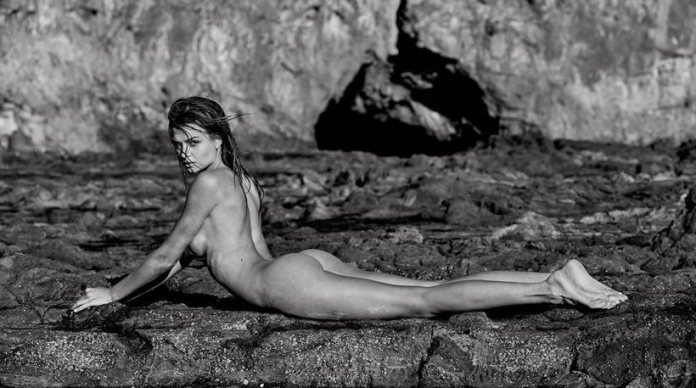 Adriana Lima- Josephine Skriver: Γυμνές και... ασπρόμαυρες στο instagram