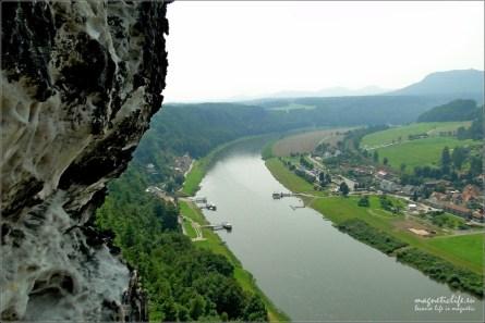 Bastei Szwajcaria Saksońska widok na Łabę