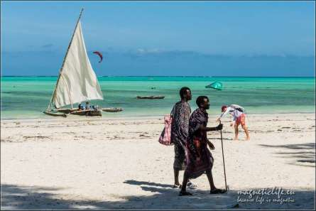 The Rock wschodnie wybrzeże Zanzibaru Masajowie