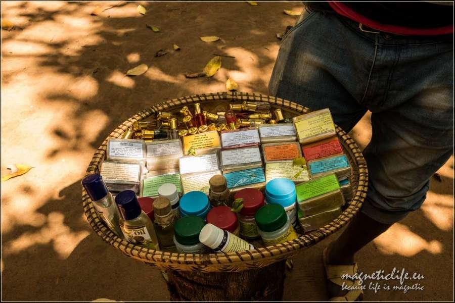 Kizimbani farma przypraw na Zanzibarze. Przyprawy i perfumy