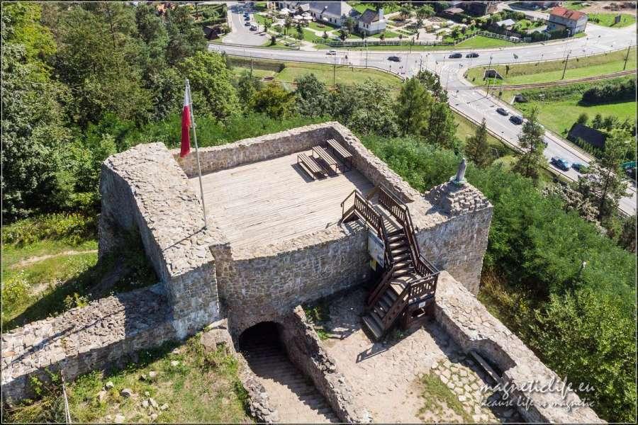 Atrakcje turystyczne wokół Muszyny ruiny wieży zamkowej