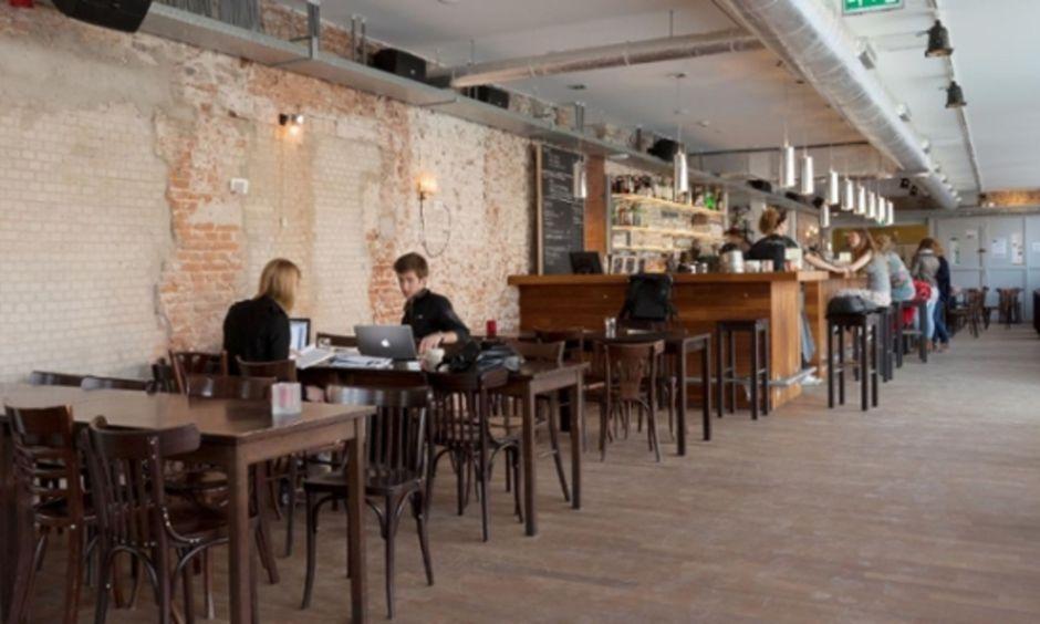 CREA Cafe is de studieplek met de beste locatie in Amsterdam