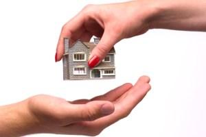 Home-hands-580_108357a