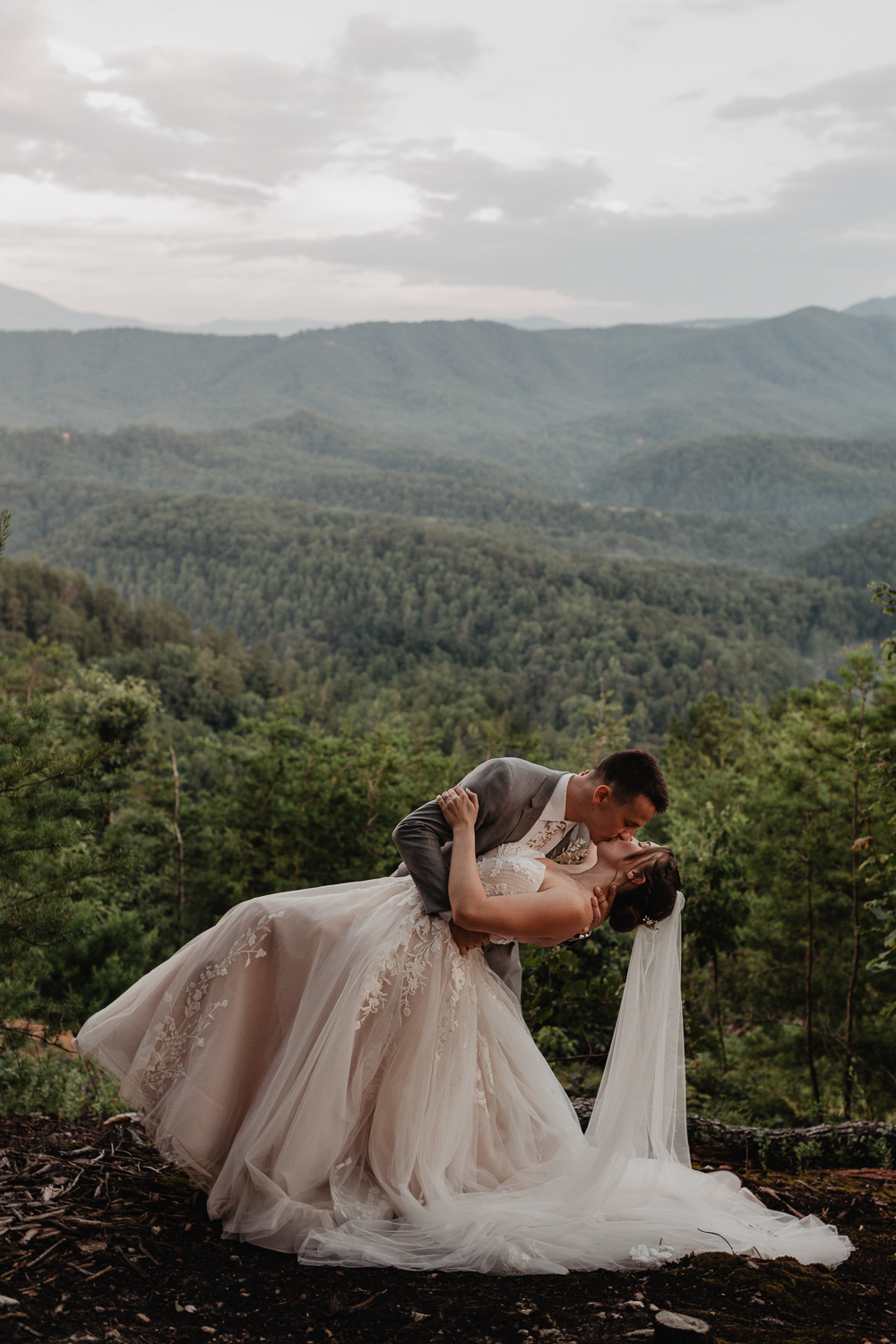 adventure elopement in the smoky mountains